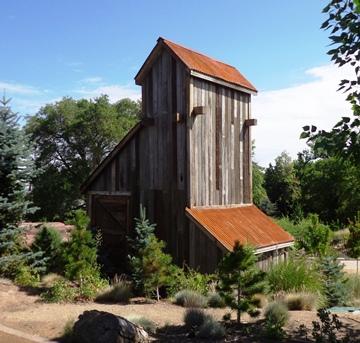 New mine structure in Children's Garden