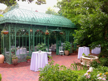 Love Is In The Air Denver Botanic Gardens