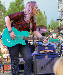 Melissa Etheridge - photo by Kate Battan