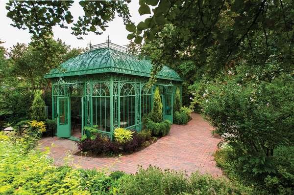 Woodland Mosaic | Denver Botanic Gardens